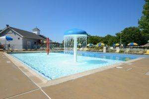 Larchmont  Splash Pool 2